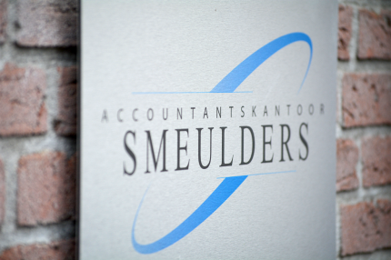 smeulders-_0008_logo-muurplaat